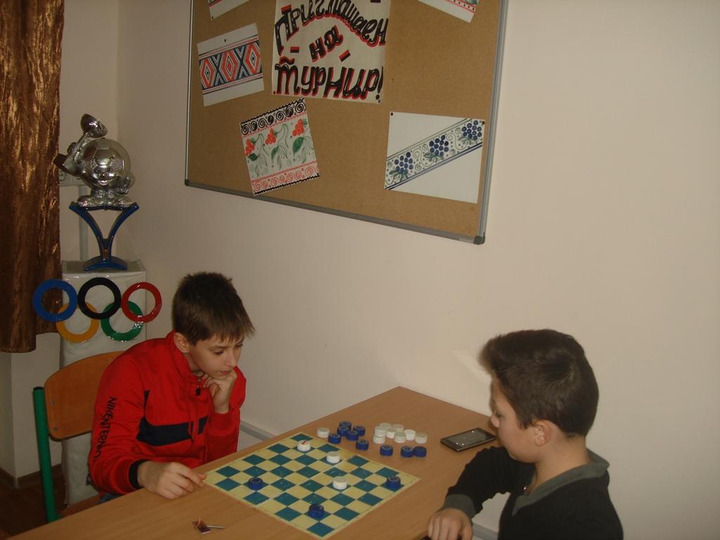 В общежитии училища прошел турнир «Олимпийская шашка-1»